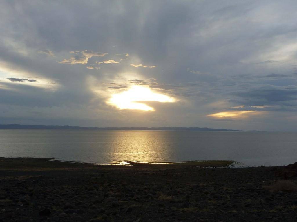 Lago Loyangalani in Kenia, storicamente fonte vitale per il popolo Turkana